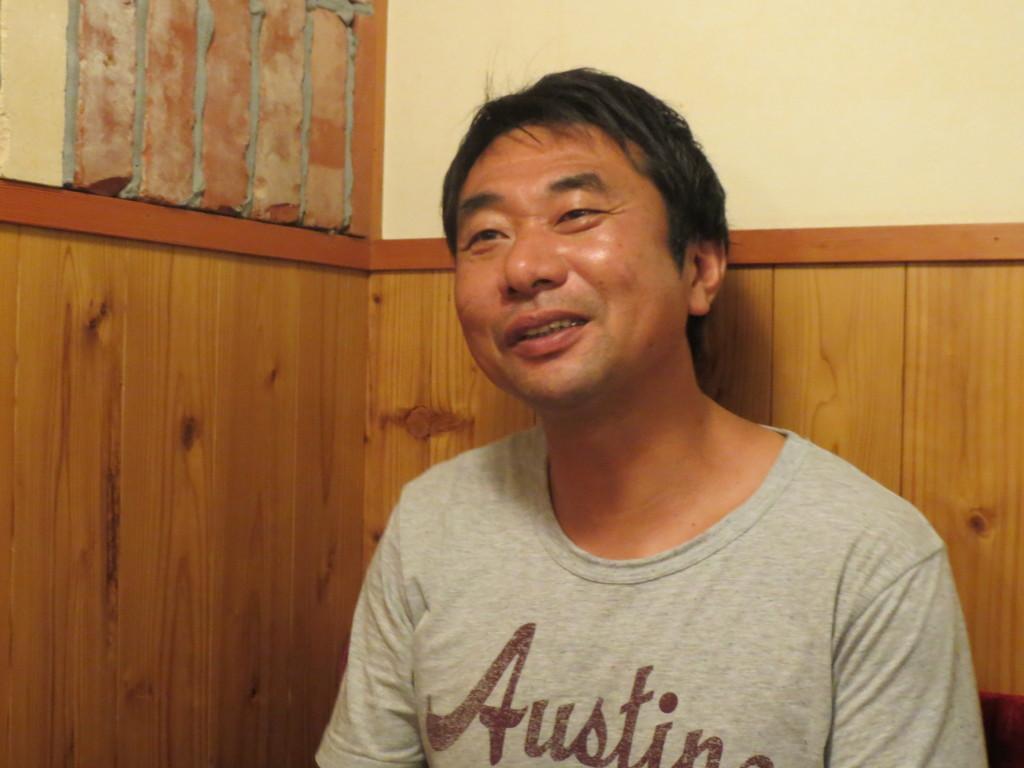 インタビューに答えて下さった高松英昭さん